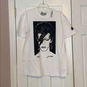 Black and white bowie tee
